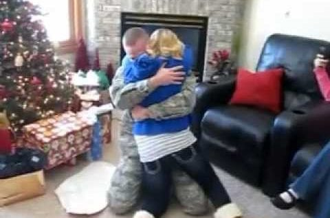 Christmas Military Homecoming Surprise